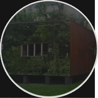 Частный-дом-с-зеркальным-фасадом-на-Трухановом-острове-Киев-m